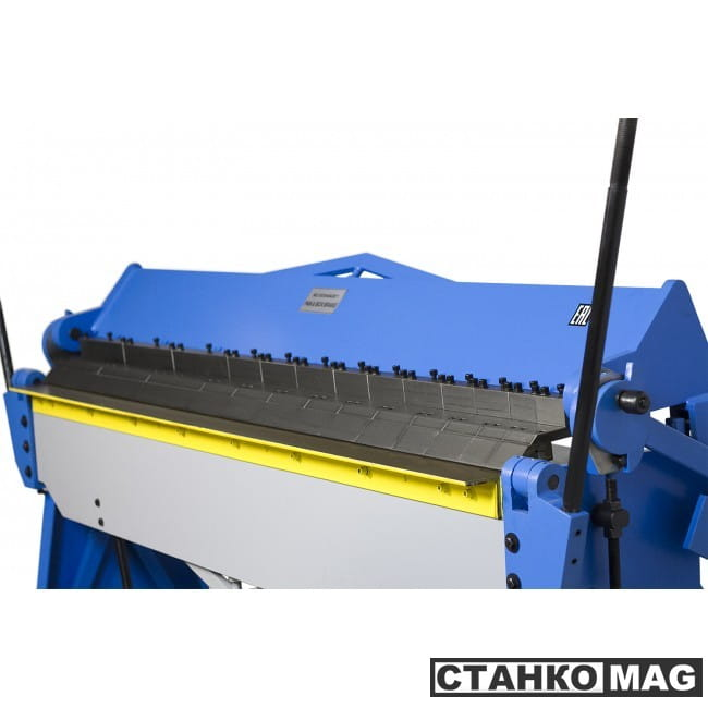 Blacksmith W2.5x2540A Сегментный листогибочный ручной станок