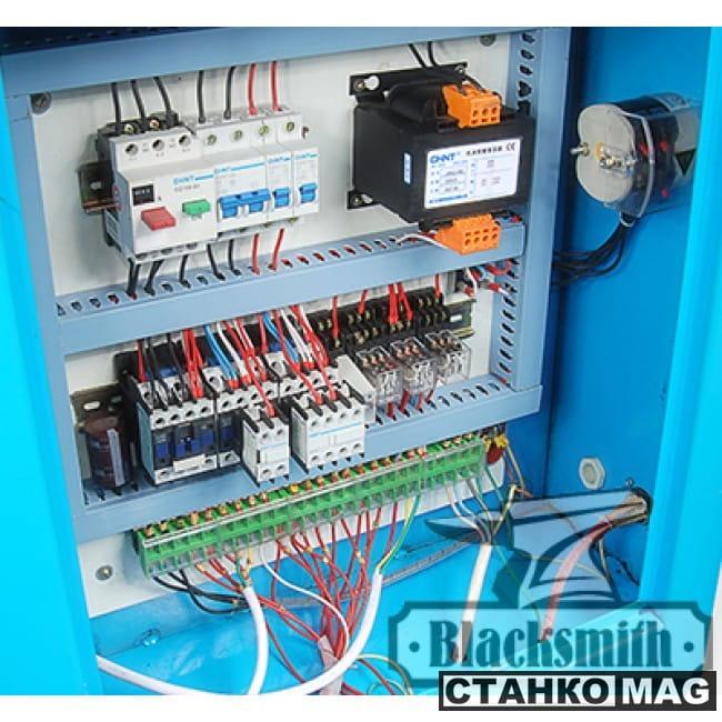 Blacksmith GP1-16 Кузнечный гидравлический пресс
