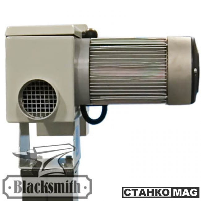 Ленточно-шлифовальный станок общего назначения Blacksmith GM1-100-B