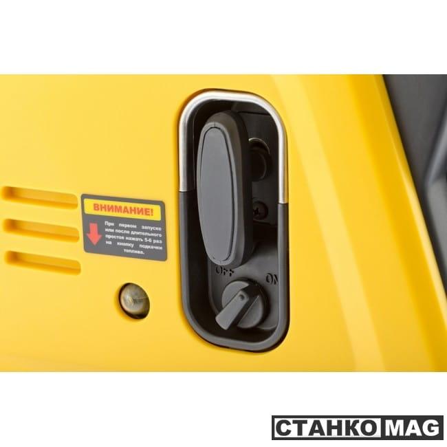 Denzel Генератор инверторный GT-2100i X-PRO (2,1 кВт, 220В, бак 4,5 л, ручной старт)